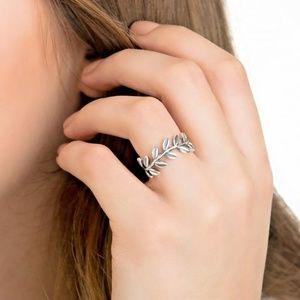 Pandora Jewelry - Pandora Laurel Wreath Ring